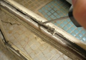 ベットルーム・窓枠のお掃除 2