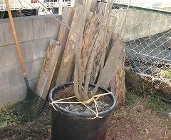 廃材で鉢カバー作り・お庭 7