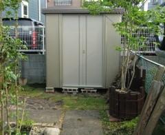 庭の物置4 (塗装・上)