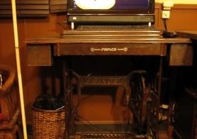 PC机(ミシン台)のメンテナンスと収納1