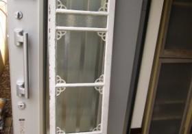 玄関のアンティーク扉設置4