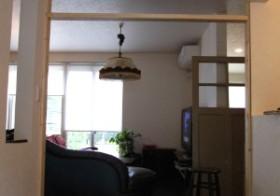 玄関のアンティーク扉設置3