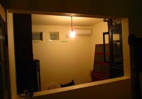 玄関の仕切り窓2