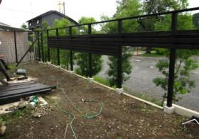 南側ウッドフェンス13 横板の施工2