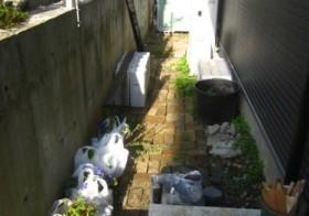 北側の小道1 花壇作り1