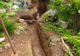西側の小道 排水計画4