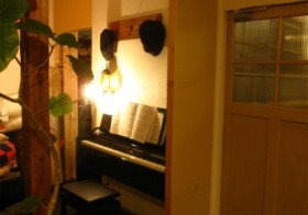 念願のピアノがやってきた