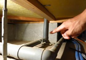 洗面所3 床下の配管移動2