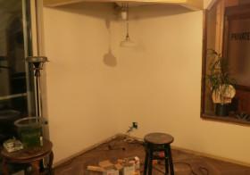 ソファ上の垂壁3
